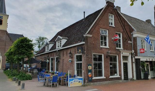 20190517_dr88-pietje-voor-zijgevel-terras-laantje-half