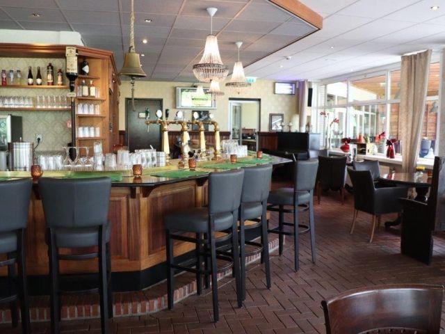 20210421 Tiend Martenspl AGr ovz bar ri zaal 640