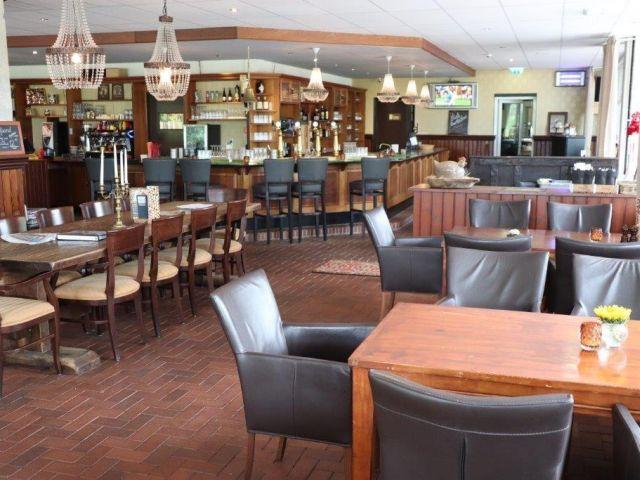 20210421 Tiend Martenspl AGr ovz rest ri bar-zaal 640