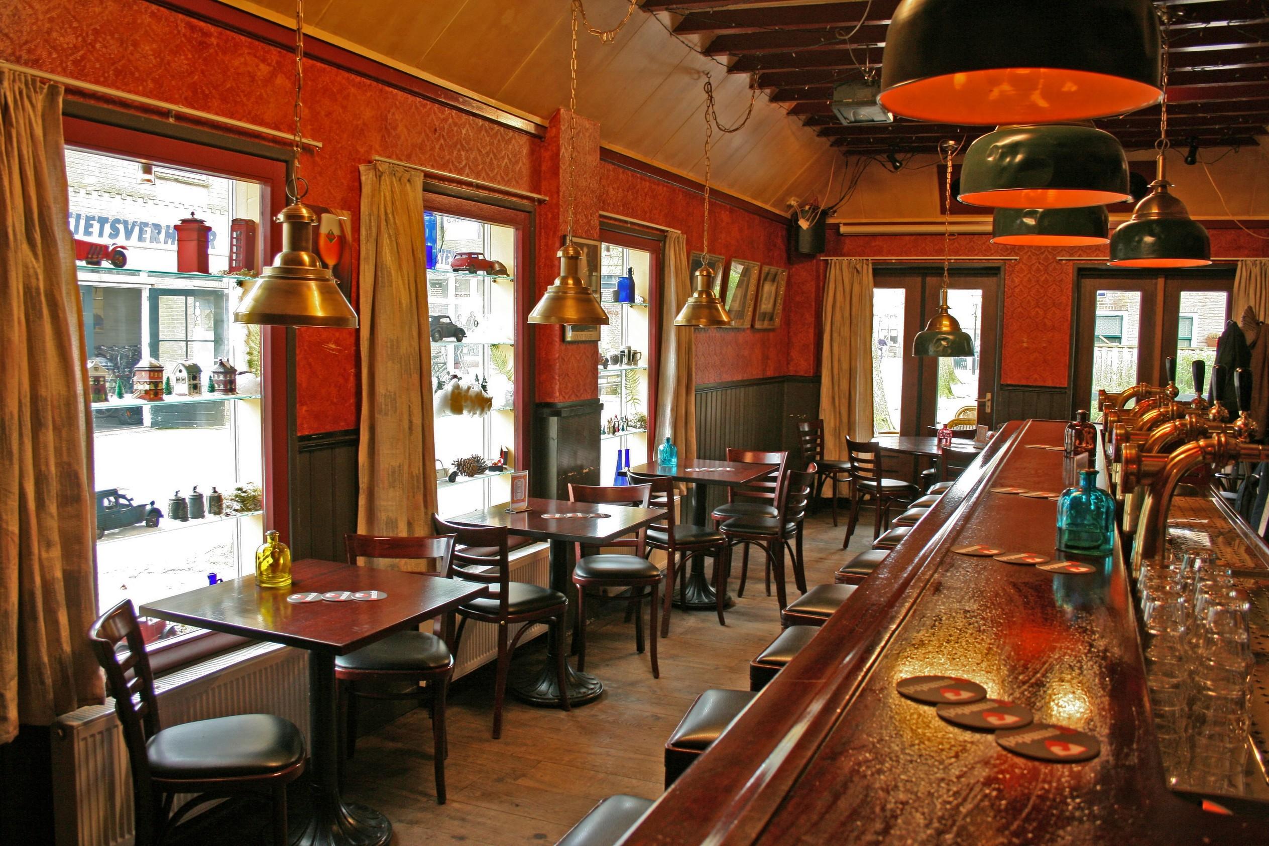 20090316 lichtb cafe de br'ij gevel t-o bar